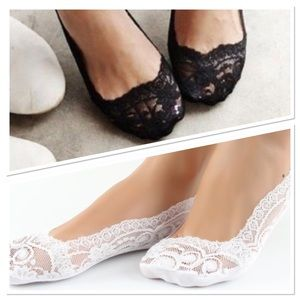 🎀Sale! 🎀 Sexy lace no see socks!